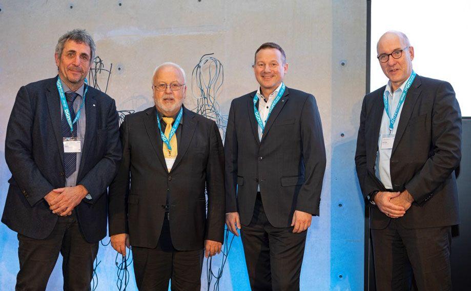 100 Jahre DGM: Dr. Monstadt repräsentiert phenox bei der Festveranstaltung in Berlin